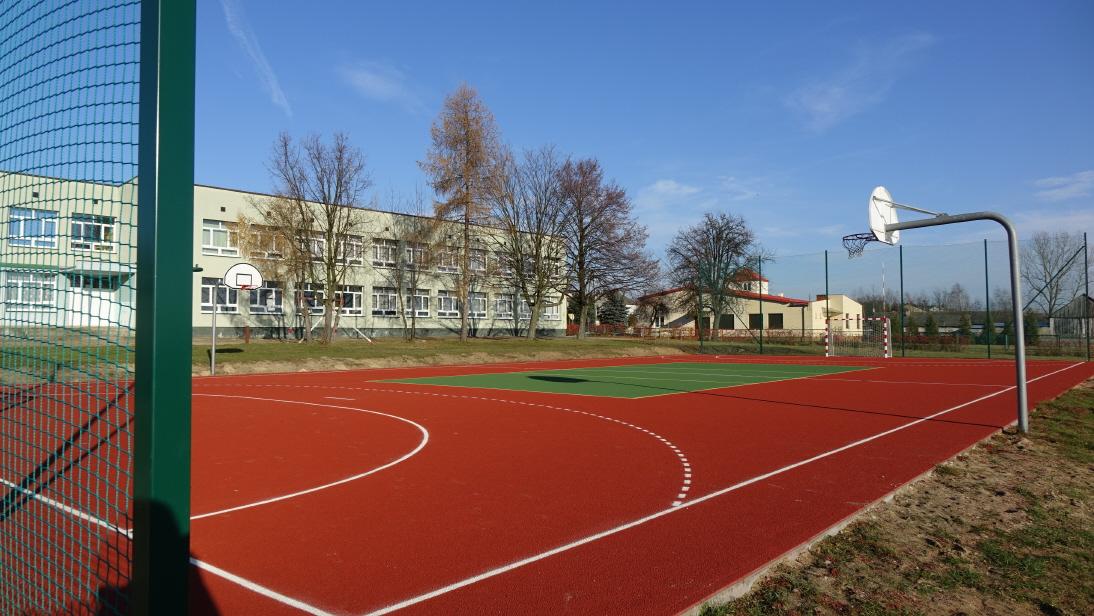 Przebudowa boiska szkolnego w Domasznie